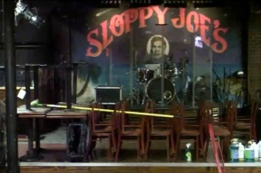 Бар Sloppy Joe's. Сцена. Ки-Уэст веб камера онлайн